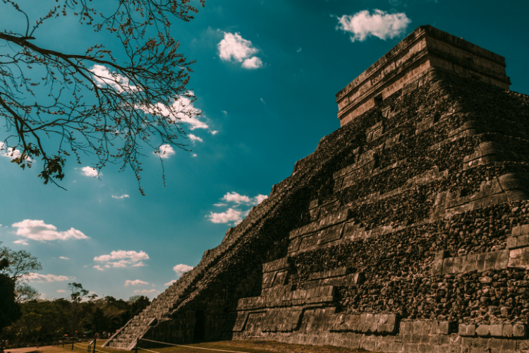 Pourquoi les Mayas avaient des crânes plats - 2