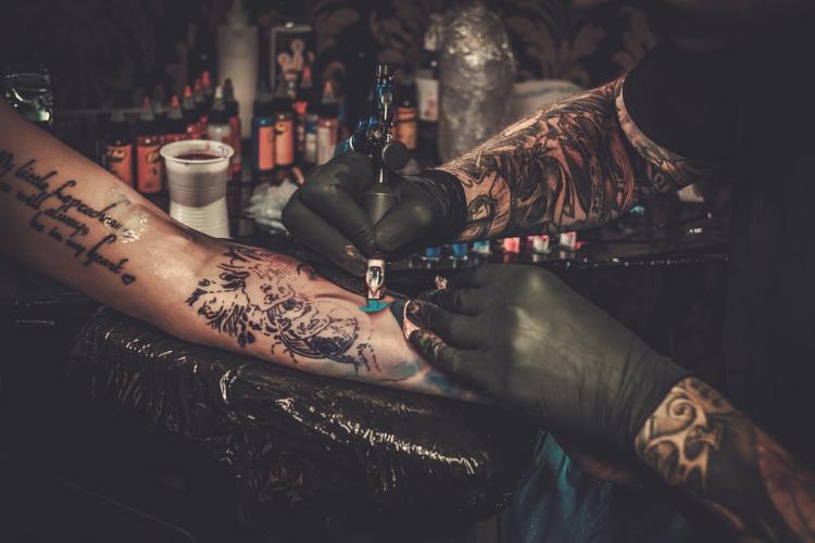 Quels sont les types de tatouages de tête de mort - 1